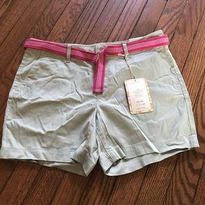 Petite khaki shorts